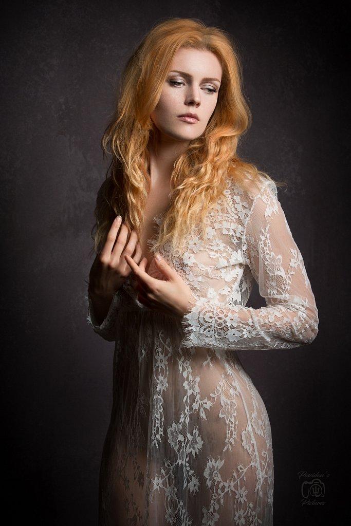 Kate Ri.